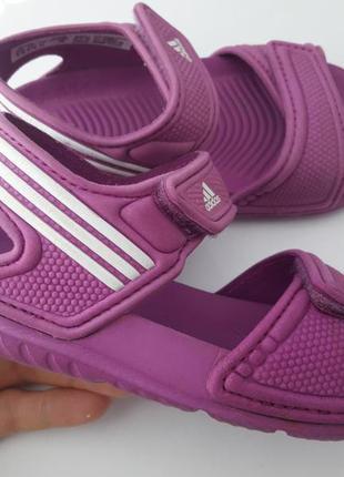 Босоножки adidas 24 р.