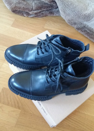 Чоловічі зимові черевики 40р.  шкіра нові
