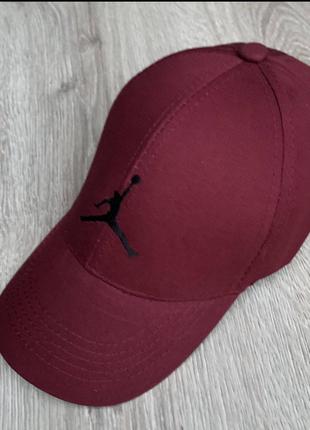 Бейсболки мужские и женские (Adidas Nike puma Everlast Jordan)