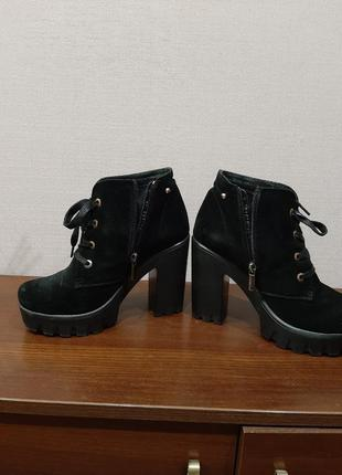 Ботинки  зимние, осенние натуральная замша