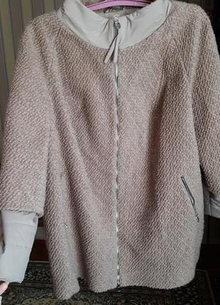 Куртка женская 62 размера