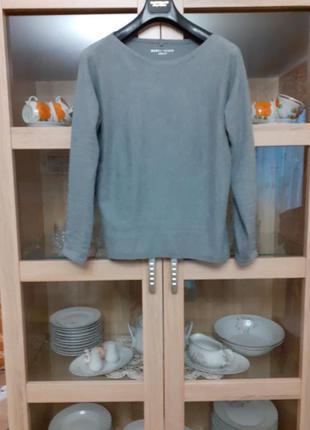 Стильный и тёплый с красивыми рукавами пуловер большого размера