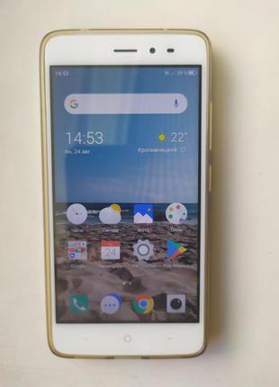 Мобильный телефон TP-Link Neffos X1 Lite (TP904A24UA) + 2 чехла