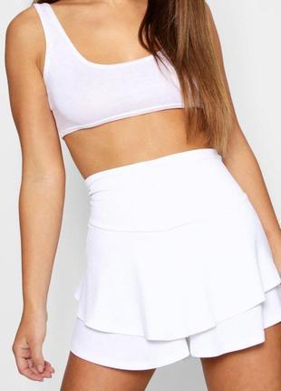 Белые шорты-юбка