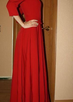 Платье выпускное или на сцену