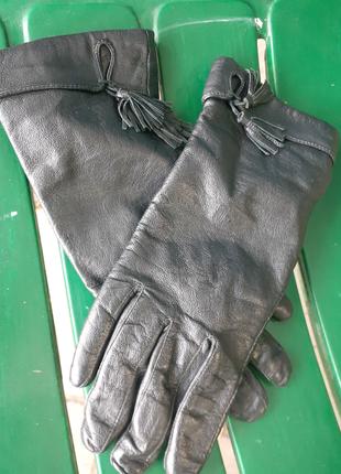 Кожа перчатки