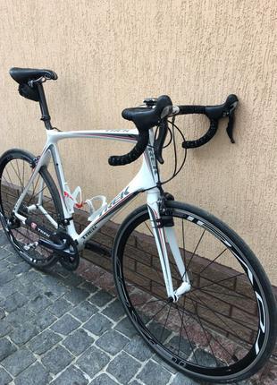 Шоссейный велосипед, горный велосипед, вело