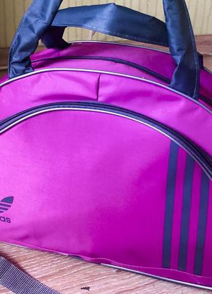 Новая женская спортивная сумка с модным логотипом.