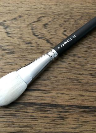 Кисть mac 133 small cheek brush