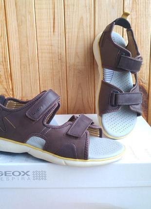 Кожаные дышащие стильные сандалии босоножки geox оригинал