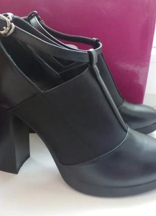 Туфли/ботинки на каблуку