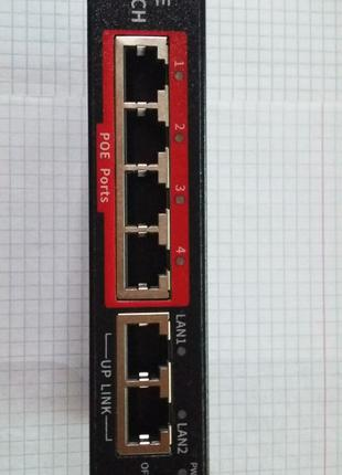POE SWITCH (4+2) 52 В 65 Вт до 250 м