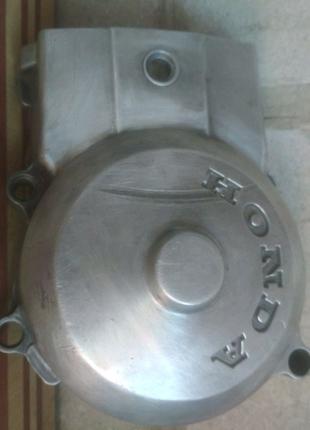 Продам переднию крышку вариатора Honda dio 18