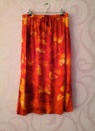Легкая юбка на резинке с принтом