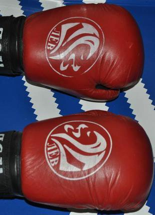 Лев перчатки для бокса 10