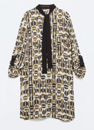 Платье прямого кроя с принтом zara