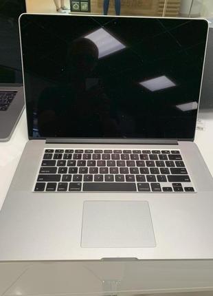 "MacBook Pro 15"" retina mid 2014, 2.5 GHz i7, 16 gb ram, 512 ssd"