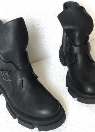 Diesel чёрные  женские осенние кожаные ботинки без каблука, на...