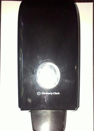 Диспенсер Aquarius для туалетного мыла чёрный 1л Kimberly-Clark
