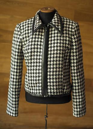 Супер модная куртка в черно-белую клетку sineqanone, размер s