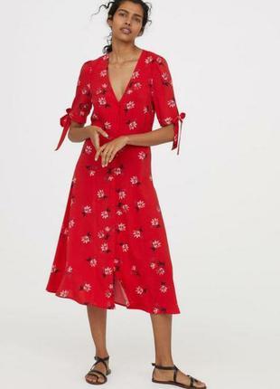 Яркое натуральное платье в цветочный принт