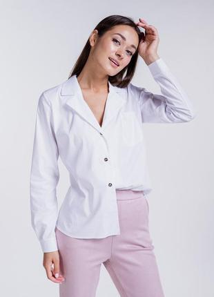 Женская рубашка с длинными рукавами и отложным воротником