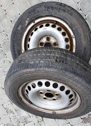 Колесо в зборі Резина R16C 205/65 з диском на VW  (7H0601027C)
