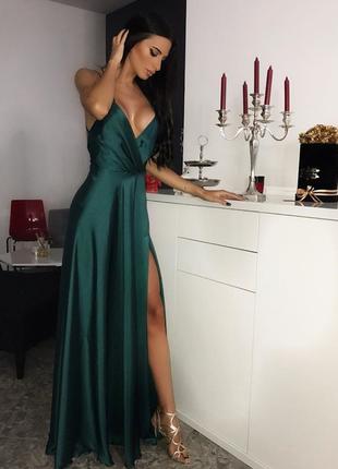 Шикарное вечернее платье в пол с разрезом изумруд