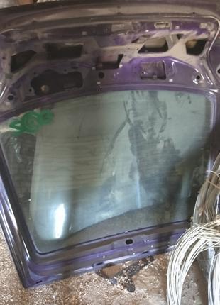 Заднее стекло Форд Эскорд Ford Escort