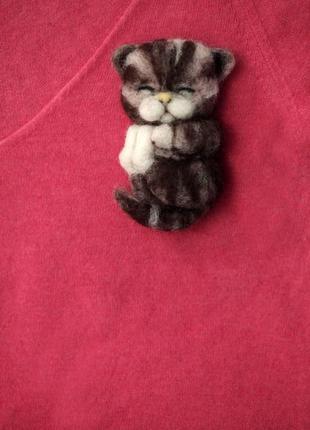 Брошь из шерсти котик спящий sale