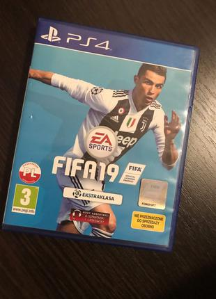 PS 4 диск FIFA 2019