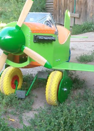 Веломобиль Самолет  для детей
