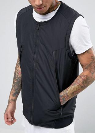 Пуховой жилет Nike modern quilted gilet in black оригинал из США