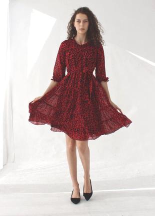 Стильное шифоновое платье season красного цвета