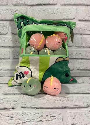 Подушка с маленькими игрушками