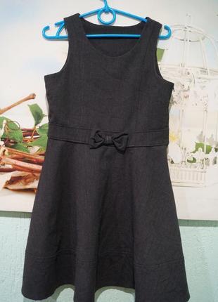 Платье в школу на девочку 7 лет,рост 122 см