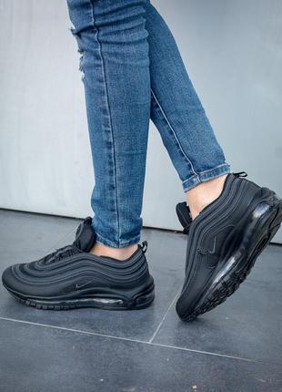 Черные женские кроссовки разные размеры в наличии