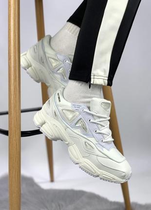 Женские белые кроссовки adidas raf simons osweego