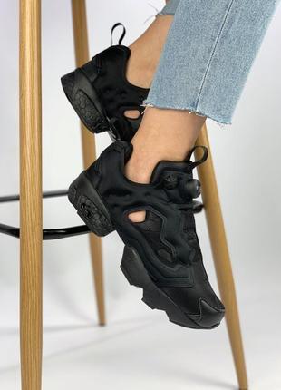 Черные женские кроссовки reebok insta pump fury