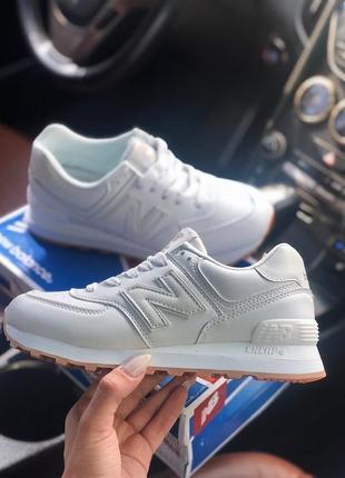 Белые женские кроссовки new balance 574