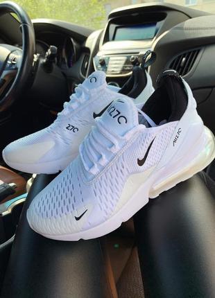 Белые женские кроссовки nike air max 270