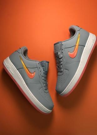 Серые женские кроссовки nike air force 1 low grey orange