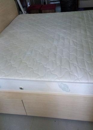 Кровать двухспальная и ортопедический матрас