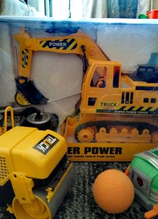 Набор игрушек экскаватор,каток ,щенячий патруль