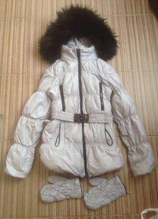 Пуховик куртка с перчатками и шикарным капюшоном с натуральным...