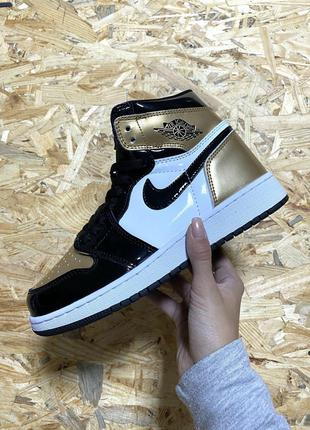 Кроссовки Nike Air Jordan Gold White Black