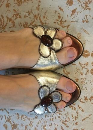 Босоножки кожа италия шлёпки туфли сандали