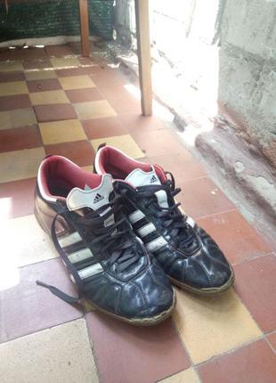 Копы, бутсы, кроссовки, обувь для футбола