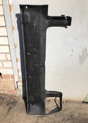 Пластиковая панель багажника Опель Вектра Б