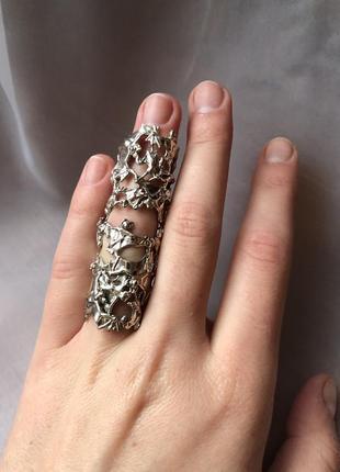 Масивное кольцо